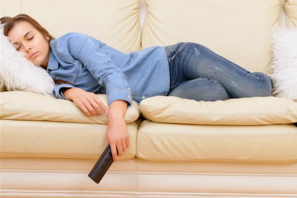 What to do in order not to gain weight while sitting at home?
