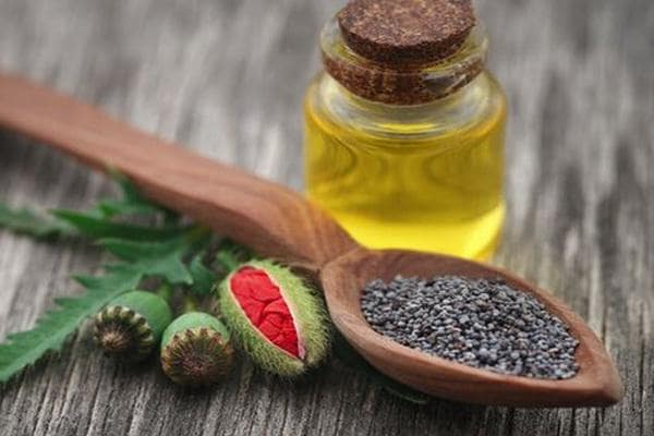 Poppy seed oil: properties and uses